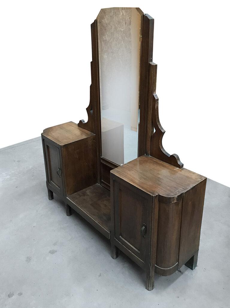 Mobile vintage con specchio - Mercatino dell'usato